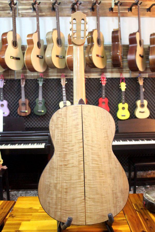 Guitar Quảng Bình - Guitar Classic Everest C400