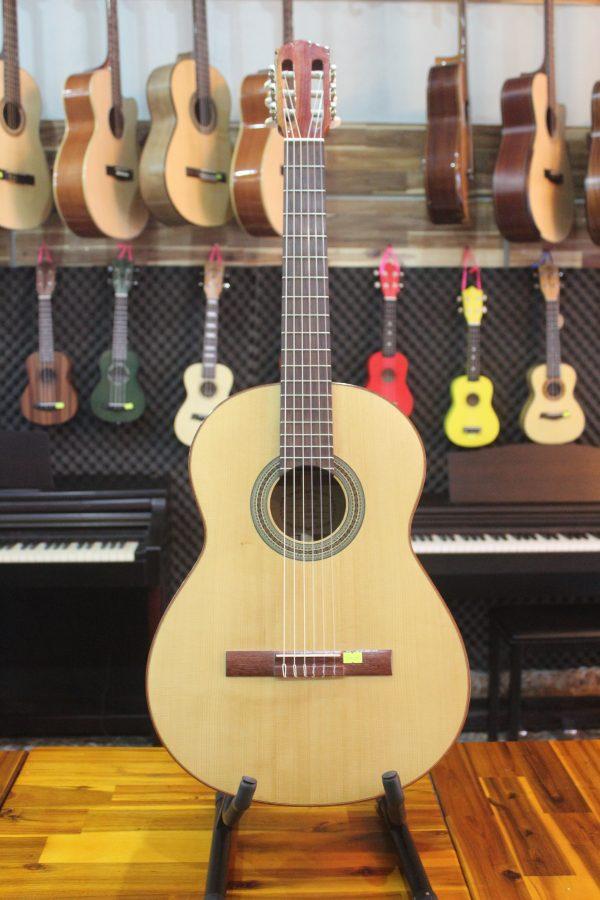 Guitar Quảng Bình - Guitar Classic Everest C270